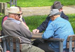 Pensioners-3347948_1920